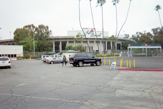 Rose Bowl Stadium: Parking Lot