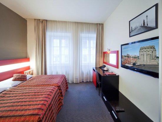 Prague Inn: room