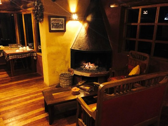 Sacred Dreams Lodge: Restaurant / bar lounge area