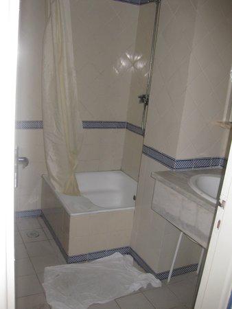 Apartamentos Soldoiro : Não tem secador!!!