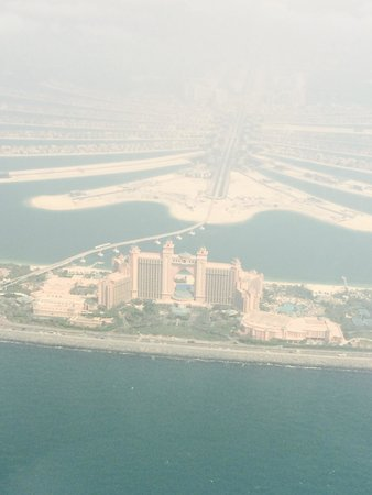 HeliDubai: Atlantis