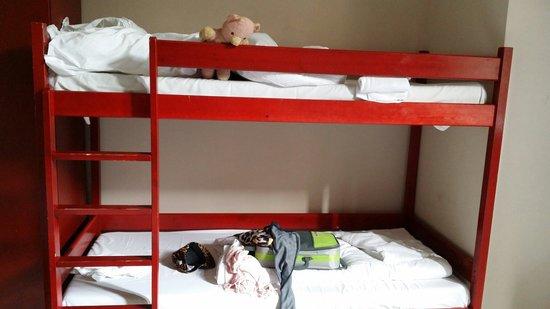 PLUS Berlin : First night bunk bed