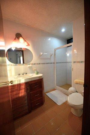 Hostelito Cozumel: Bathroom