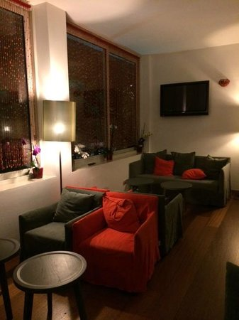 Hotel Cleofe: sala lettura relax