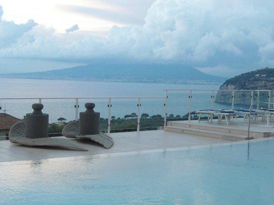 Art Hotel Gran Paradiso: vista de la bahia