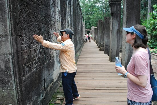 Best Angkor Guide - Day Tours: Getting the inside story