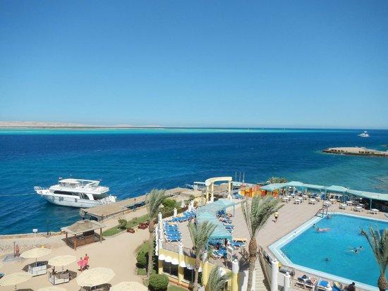 SUNRISE Holidays Resort: Вид