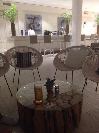 Hotel Rocador : lobby bar