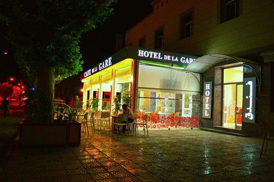 Hotel & café de la Gare Taza Maroc