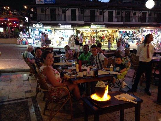Sunset Restaurant: Make sure eat testi kebab ����������