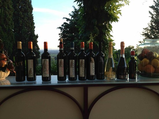 Relais Il Falconiere & Spa: I vini Baracchi