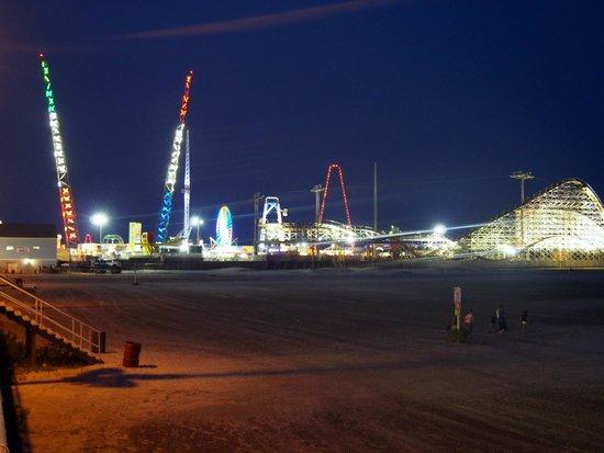 Wildwood Boardwalk: Boardwalk by night