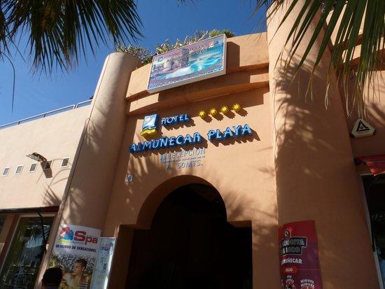 Almunecar Playa Spa Hotel: BACK ENTRANCE OF HOTEL