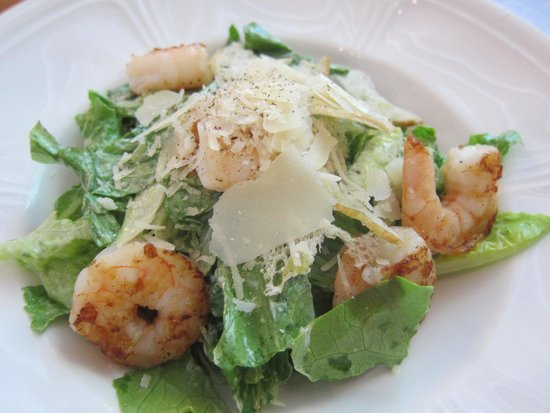 Sfaar Resto & Store: Caesar Salad with Prawns
