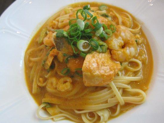 Sfaar Resto & Store: Seafood Linguine