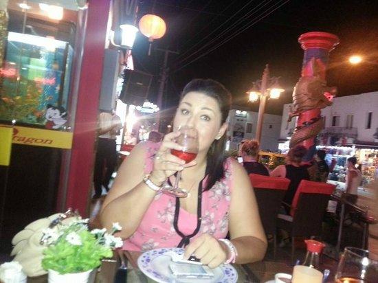 Red Dragon Restaurant : Pre Dinner Drinks