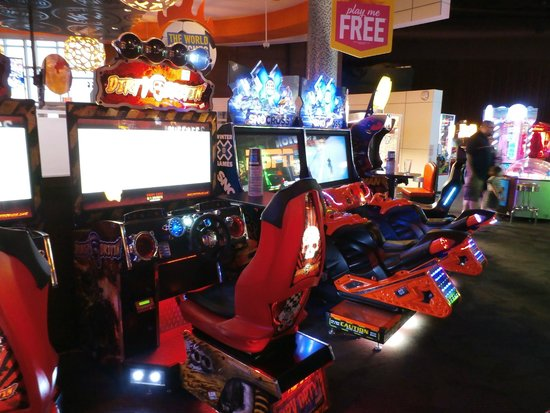 Dave And Busters Game Room