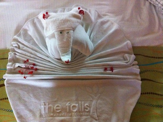 Falls Resort at Manuel Antonio: so cute what they do with your towels!