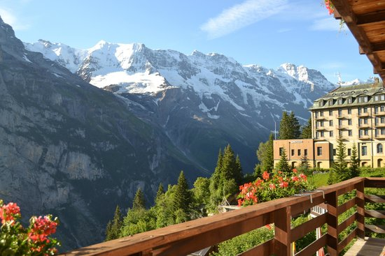 Hotel Eiger : View looking right up the valley (on the balcony)