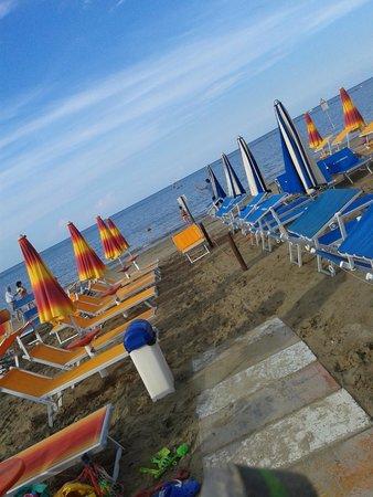 Hotel Promenade Universale: Spiaggia