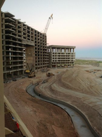 Mayan Palace : Construction for Grand Bliss