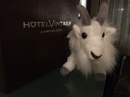 Kimpton Hotel Vintage Seattle: Supporting the zoo