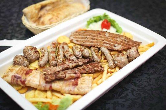Urnebes Restaurant
