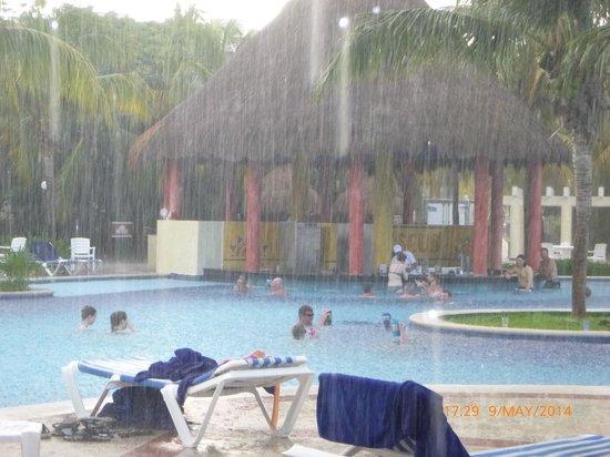 Grand Bahia Principe Coba : 30 minutes worth of rain one afternoon