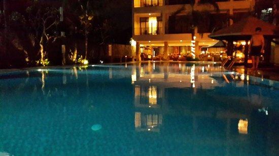 BEST WESTERN Resort Kuta: Swimming pool view