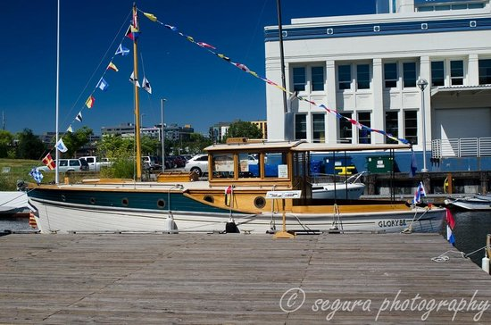 The Center for Wooden Boats: Beautiful!