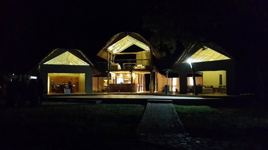 Elephant's Eye, Hwange: The entertainment area