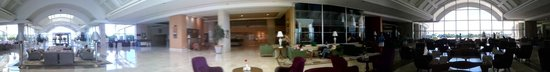 Miracle Resort Hotel: Lobby area