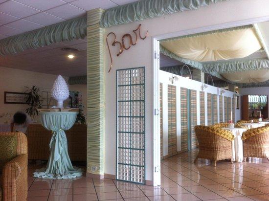 Sierra Silvana Hotel: le bar ou on retrouve Mimmo