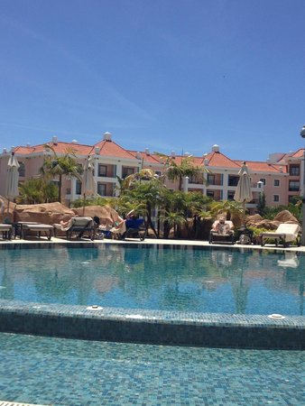 Hilton Vilamoura As Cascatas Golf Resort & Spa: Just one of the swimming pools