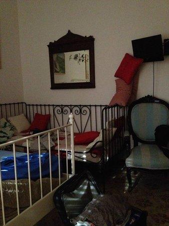 B&B La casa di Elide: camera con bagno privato