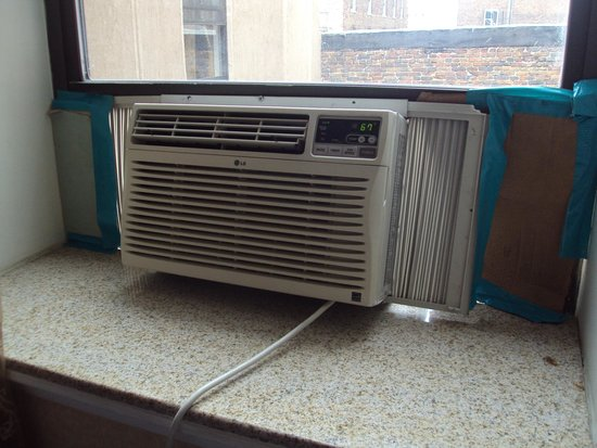 Baltimore Plaza Inner Harbor: The ghetto a/c unit