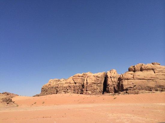The Caravans Camp: Desert