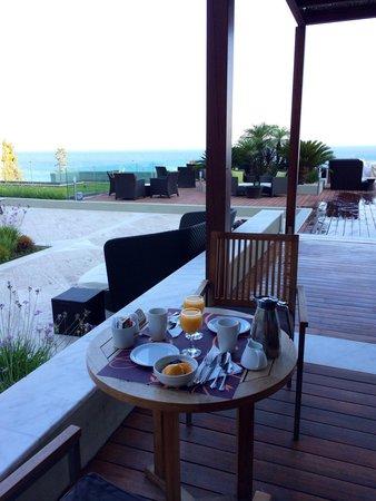 Sheraton Rhodes Resort : Завтрак с видом