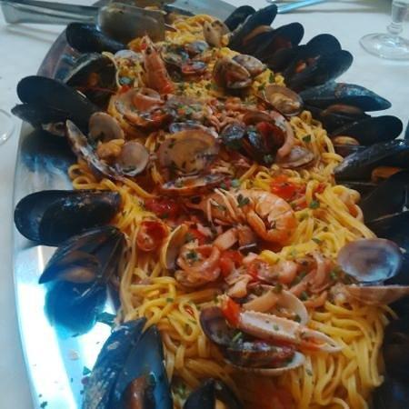 """Delizie Di Mare: un """"assaggio"""" di spaghetti ai frutti di mare..."""