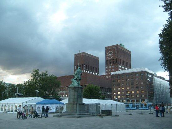 Oslo City Hall (Oslo Radhus): Oslo City Hall