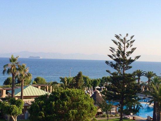 Sheraton Rhodes Resort: Вид из номера