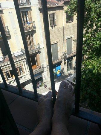 el Jardi: balcony life