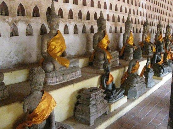 Wat Si Saket: Buddha imgages galore