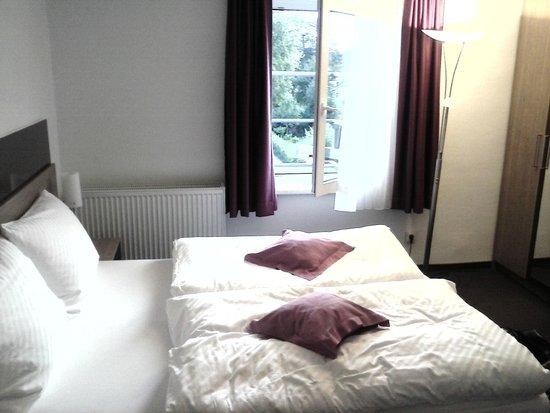 RheinHotel ARTE: Zimmer