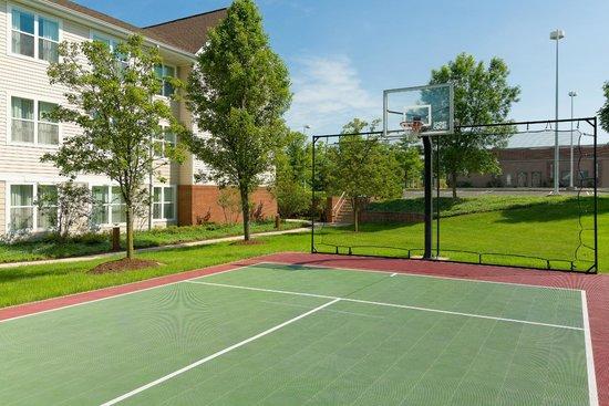 Residence Inn Philadelphia Montgomeryville: Sport Court