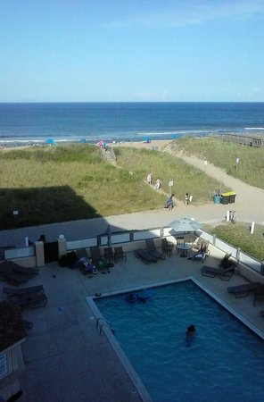 BEST WESTERN Ocean Reef Suites: balcony pool ocean view.