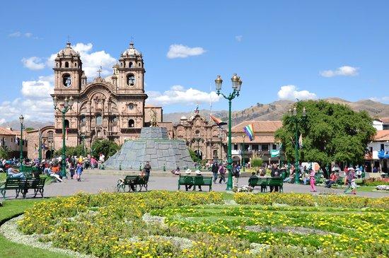 Plaza de Armas (Huacaypata): Plaza de Cusco