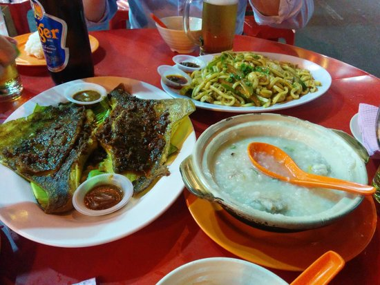 Jalan Alor : Chili Sting Ray, Frog Porridge and Noodles with Squid