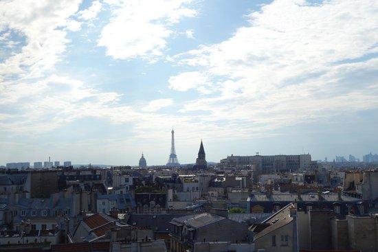 Holiday Inn Paris - Notre Dame : vista terraço