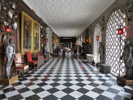 Hatfield House: Armory
